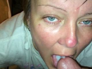 Cumming in Cassie's mouth looking in her eyes